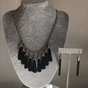 Necklace and Earrings White House Black market